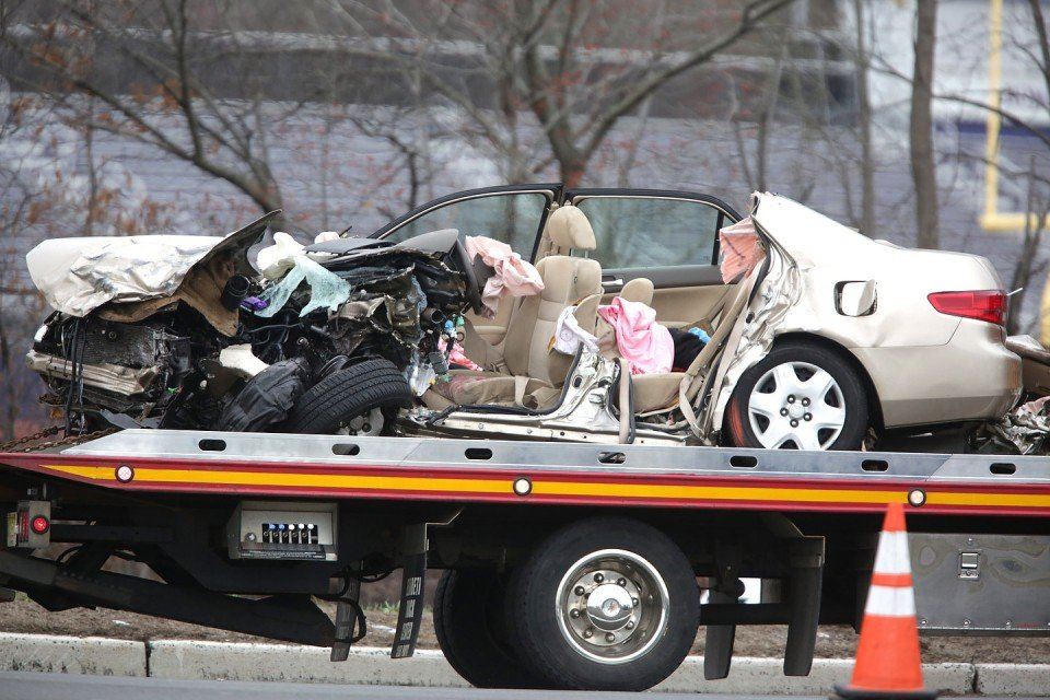 Fatal Car Crash Photos Bodies - Bing images